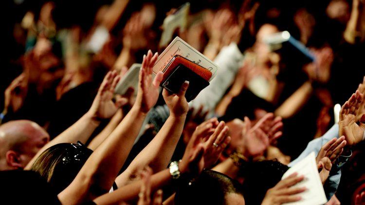 Os Movimentos Eclesiais e as Novas Comunidades: dons do Espírito Santo para a Igreja hoje